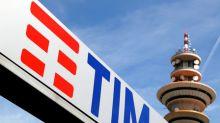 Vivendi drops bid for Telecom Italia board reshuffle in first sign of truce