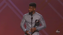 Twitter calls out Usher for inappropriate 'naked' comment about ESPYs award recipient