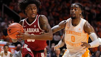 No. 3 Tennessee rallies, makes case for No. 1
