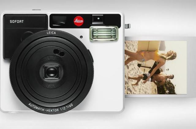 Leica unveils the Sofort instant film camera