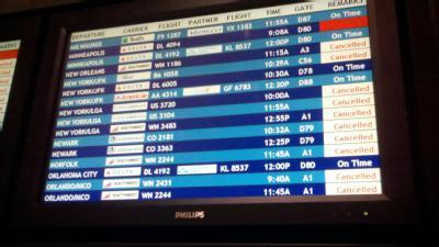 Snow Storm Causes Cascading Delays At Pittsburgh Airport
