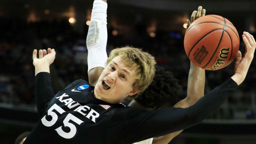 NCAA Tournament 2017: Xavier continues Cinderella run by knocking off Arizona in Sweet 16