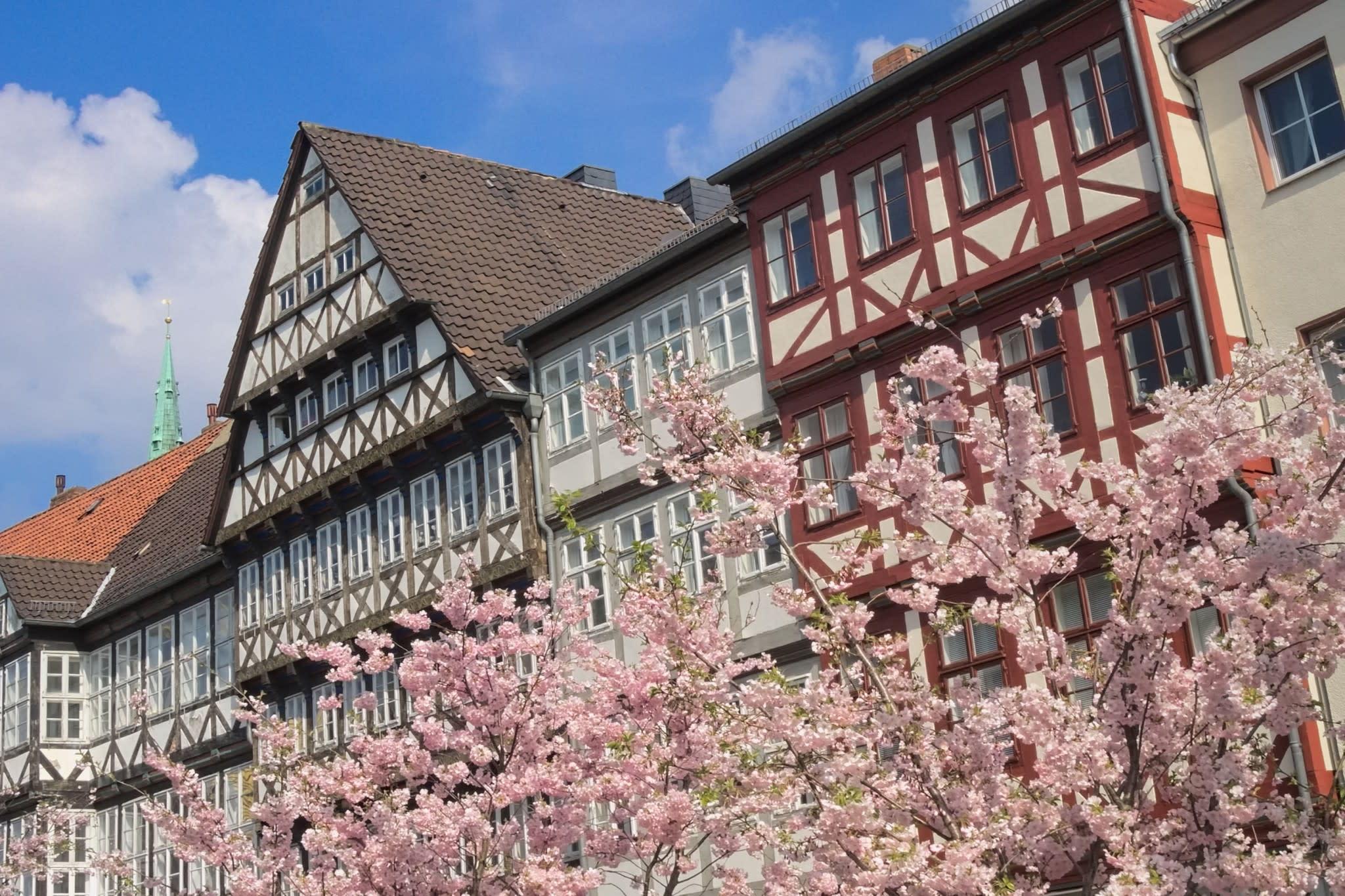 gestiegene immobilienpreise so teuer ist wohnen in deutschland. Black Bedroom Furniture Sets. Home Design Ideas