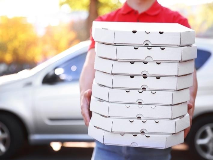 The New York City Council on Thursday voted to extend a cap on how much third-party food delivery platforms can charge during the coronavirus pandemic.