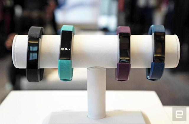 I survived a celebrity trainer workout with Fitbit's Alta