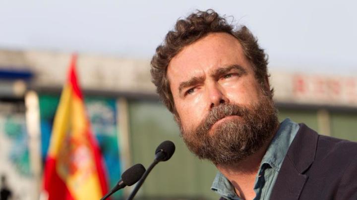 Vox ve en la marcha del emérito otro paso del PSOE para liquidar la Monarquía