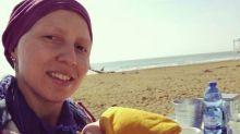Mãe deixa série de presentes emocionantes para a filha antes de perder batalha contra o câncer