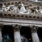 US Stock Futures Firm as Investors Bet on Strong Start to Holiday Shopping Season, Vaccine Hopes