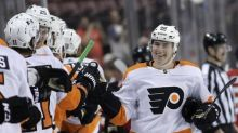 Flyers clinch top seed in East with 4-1 win over Lightning