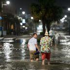 Hurricane Isaias roars ashore on US East Coast