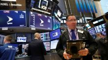 Dow Jones recua após dados fracos de varejo nos EUA