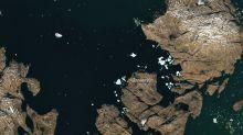 El iceberg que amenaza a un pueblo en Groenlandia es tan grande que se ve desde el espacio