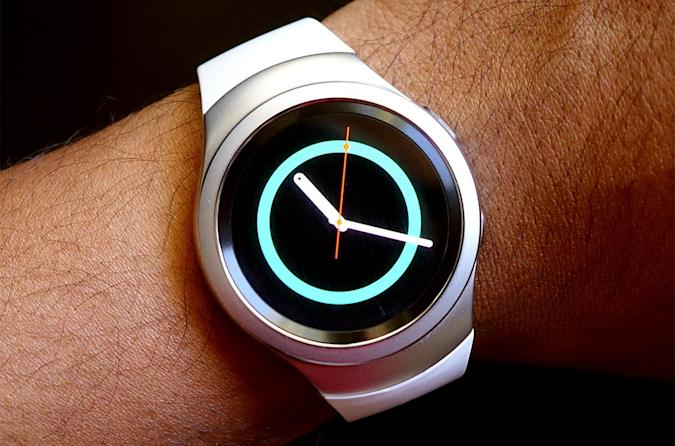 Samsung's Gear S2 smartwatch arrives in the UK on November 12th