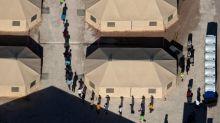 Juez de EEUU aprueba un plan para reunir a familias de inmigrantes separadas
