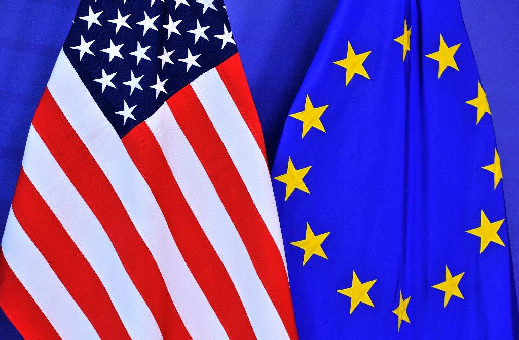 european union and united states essay The united states of europe, the european state, the european superstate, the european federation and federal europe are names used to refer to several similar hypothetical scenarios of the unification of europe as a single sovereign federation of states (hence superstate), similar to the united states of america, both as projected by writers.