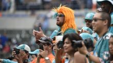 Chargers' first L.A. game draws a loud crowd ... rooting for Dolphins