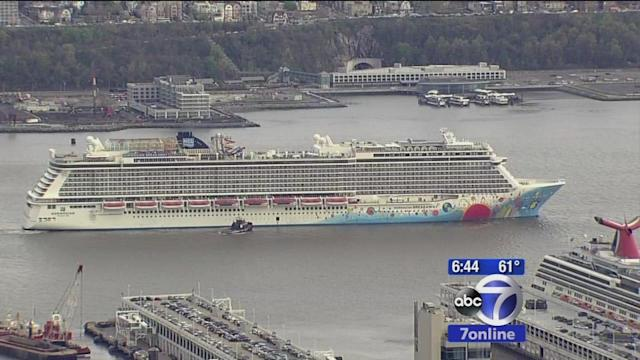 Cruise ship tugged to pier after docking trouble