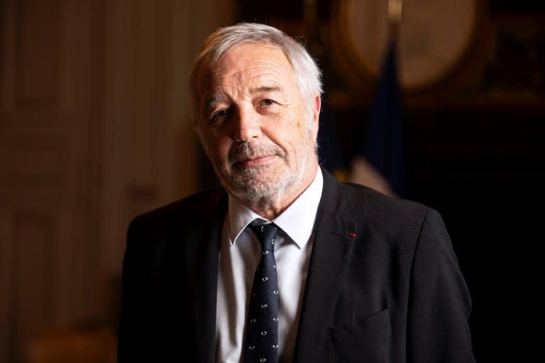 """2022: Rebsamen voterait """"sans hésitation"""" pour Macron face à Le Pen"""