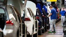 Voitures électriques, bonus écologique... Les annonces de Macron pour l'industrie automobile