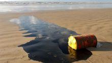Autoridades investigam 'várias hipóteses' para vazamento de petróleo no nordeste