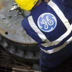 GE Falls Most in Month With CEO Seeing 'Challenging' Turbine Market