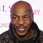 """Mike Tyson: Conor McGregor Is """"Going To Get Killed"""" By Floyd Mayweather"""