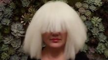 WATCH: Kelly Clarkson dons iconic wig to cover Sia's Chandelier for Halloween