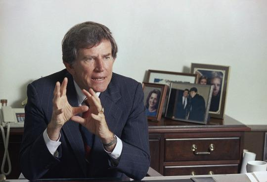 <p><i><b>Better known as:</b> Former Democratic presidential hopeful Gary Hart. (Photo: Ed Andrieski/AP)</i></p>