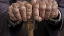 À 121 ans, un Chilien devient l'homme le plus vieux du monde