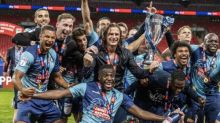 Joe Jacobson's late penalty sinks Oxford and sends Wycombe to Championship