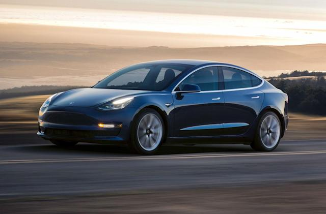 Tesla Model 3 in-depth video review answers all your questions