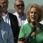 Seattle Mayor Joins Family Separation Protest at US-Mexico Border
