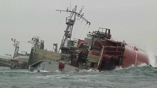 Ukraine faces loss of navy as Russian forces in Crimea dig in