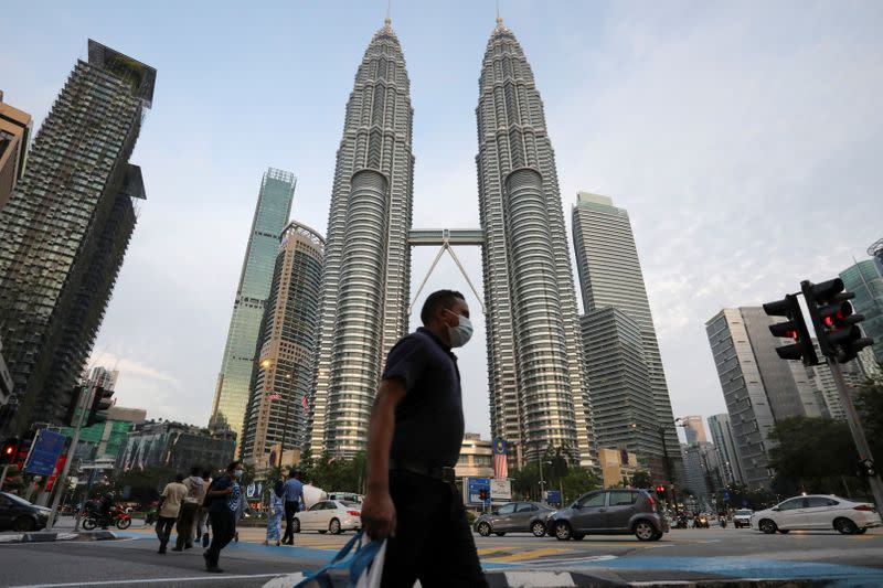 Malaysia to lift limit on hiring of foreign labour