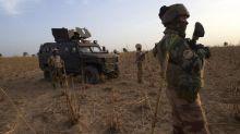 """Deux soldats français tués au Mali : pour la France, """"il est tout aussi difficile de partir que de rester"""", explique un spécialiste de l'Afrique subsaharienne"""