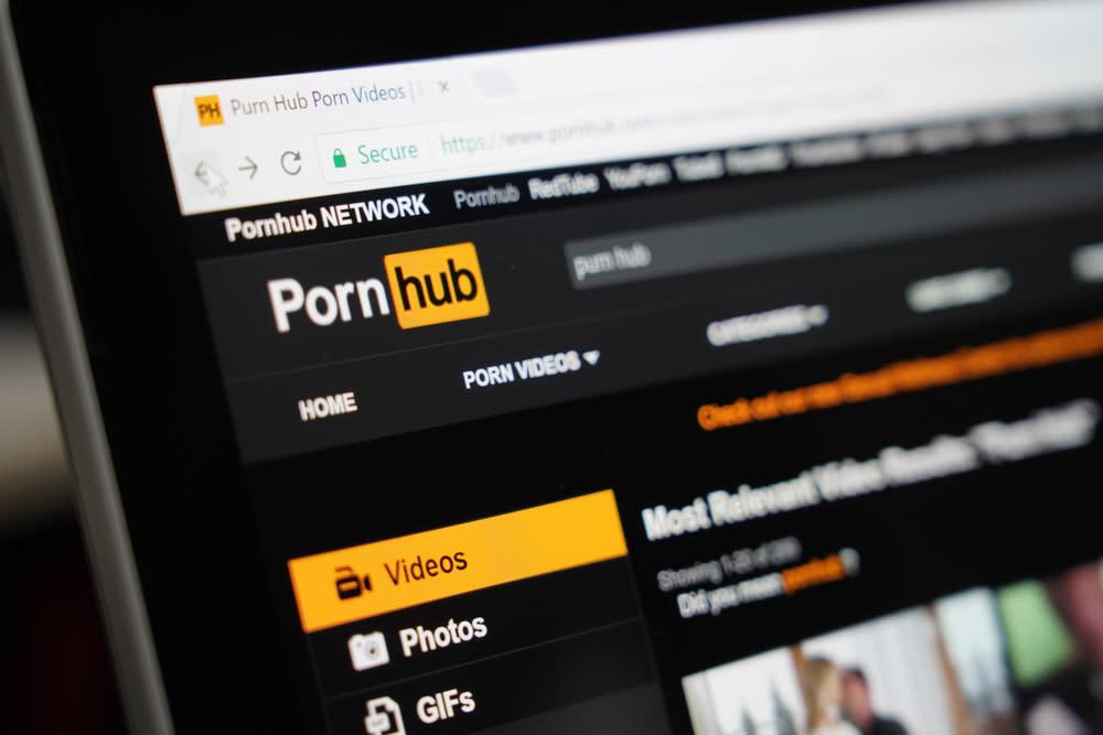 Worlds Biggest Porn Site Pornhub Partners Verge To Accept -1303
