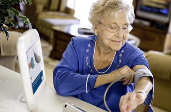 Intel and GE form healthcare joint venture, sluggish Atom-powered home servants on the way