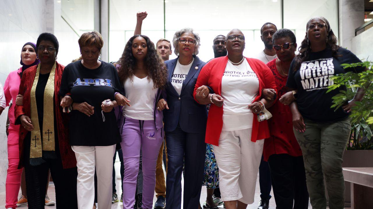 news.yahoo.com: New poll shows women of color highly motivated to vote