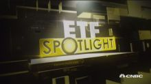 ETF Spotlight: Banks lower on earnings