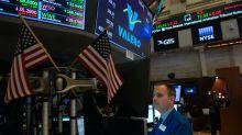 Wall Street termine en ordre dispersé, la technologie en forme