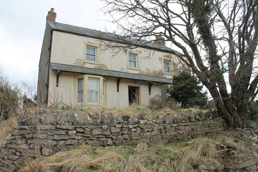 <p>The tenth most viewed property of the year on Zoopla, was this beauty in Penrith.</p>  <p>It went on the market in August for just £100,000, and the low price and the opportunity for transformation drew in thousands of people looking for a potential project.</p>
