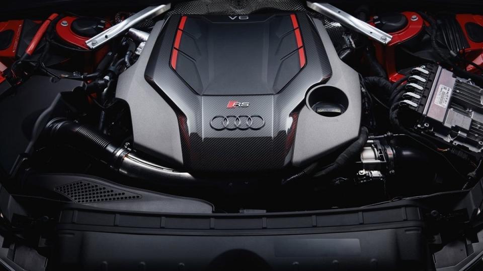 全新世代Audi RS4 Avant零百4.1秒 有彈射起步功能的性能旅行車