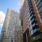 Poplar fire: Blaze breaks out at 19-storey tower block 'covered in Grenfell-type cladding'