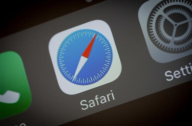 Safari now blocks all third-party cookies by default