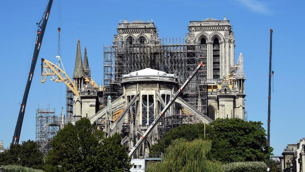 Strict safety measures in place as clean-up work resumes on Notre-Dame