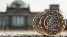 El euro sube a 1,1267 dólares en Fráncfort