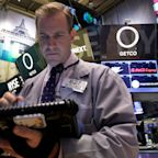 Dow retreats as 3M results disappoint