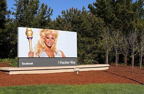 Facebook apologizes for spurning drag queens, might do something about it