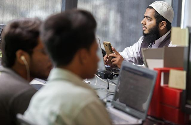 Facebook rebuffs Pakistan request to link accounts to phone numbers
