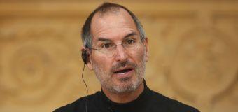 """Steve Jobs bezeichnete Facebook als """"Scheißbuch"""""""